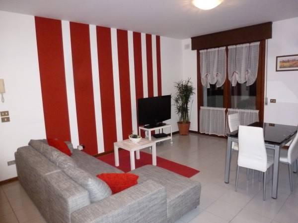 Appartamento in ottime condizioni arredato in affitto Rif. 4465889