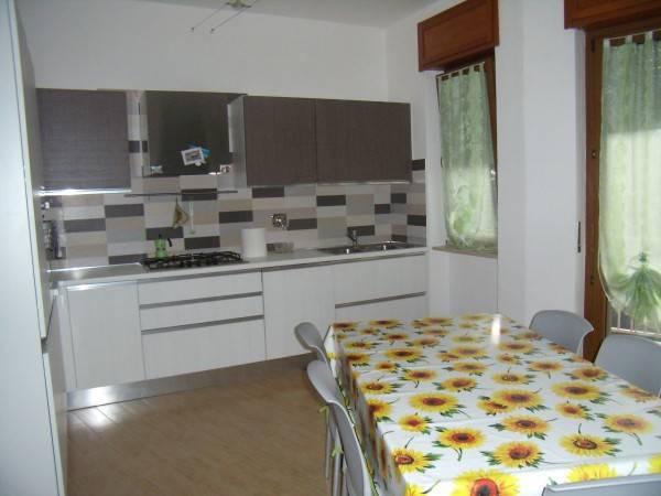 Appartamento in ottime condizioni in vendita Rif. 4200347