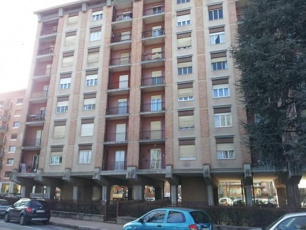 Appartamento in buone condizioni arredato in affitto Rif. 7027654