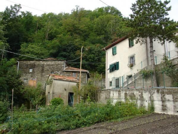 Soluzione Indipendente in vendita a Pontremoli, 9 locali, prezzo € 380.000 | PortaleAgenzieImmobiliari.it