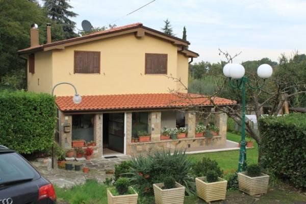 Villa trilocale in vendita a Soriano nel Cimino (VT)