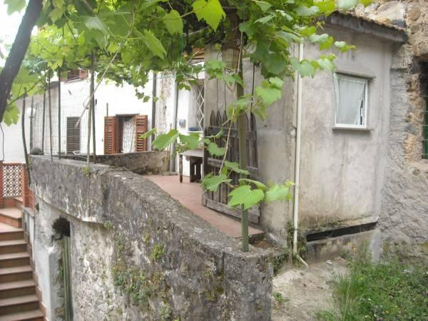 Soluzione Indipendente in vendita a Sesta Godano, 4 locali, prezzo € 50.000 | CambioCasa.it
