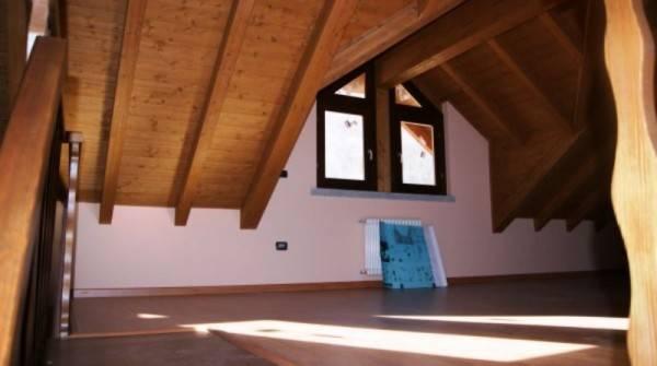 Appartamento in ottime condizioni in vendita Rif. 4818165
