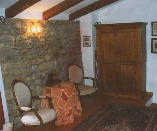 Casa Indipendente in ottime condizioni parzialmente arredato in vendita Rif. 4919591