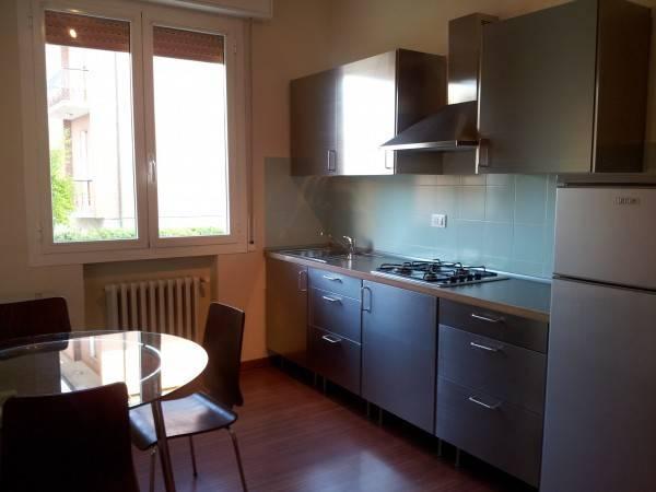 Appartamento in Affitto a Modena Centro: 2 locali, 51 mq
