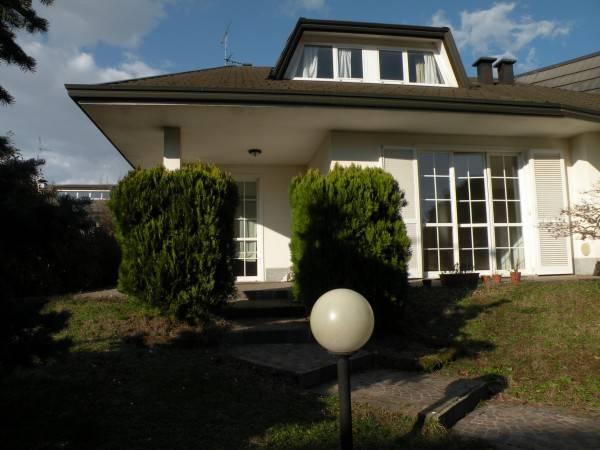 Villa in ottime condizioni in affitto Rif. 8718066