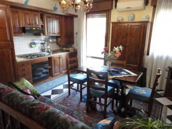 Appartamento in ottime condizioni arredato in vendita Rif. 8158976