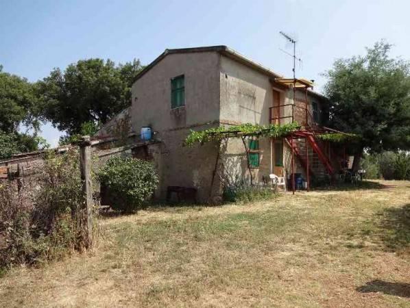 Rustico / Casale da ristrutturare in vendita Rif. 4585706