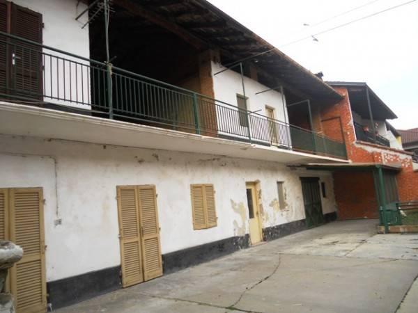 Rustico / Casale in vendita a Foglizzo, 2 locali, prezzo € 36.000 | CambioCasa.it