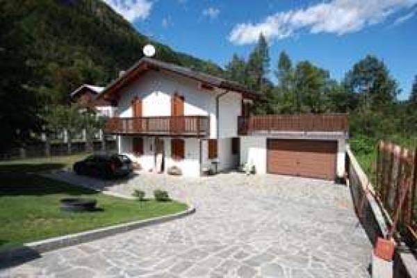 Villa in ottime condizioni in vendita Rif. 4986431