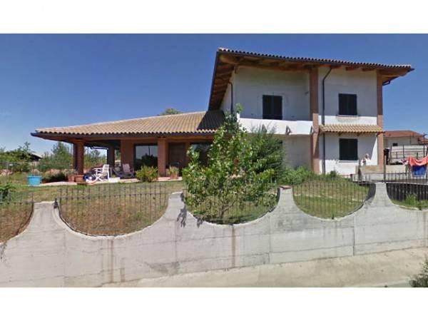 Villa in vendita a Valfenera, 9 locali, prezzo € 190.000   PortaleAgenzieImmobiliari.it