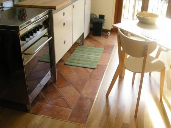 Appartamento in ottime condizioni arredato in affitto Rif. 4401081