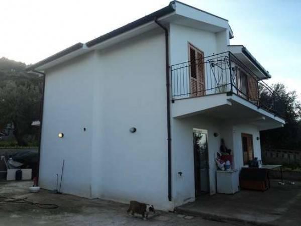Appartamento in vendita a Gioiosa Marea, 5 locali, prezzo € 195.000 | CambioCasa.it