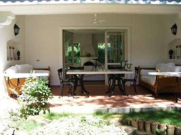 Villa in ottime condizioni arredato in affitto Rif. 4979489