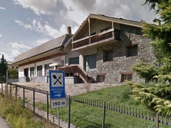Magazzino in vendita a Chambave, 6 locali, prezzo € 310.000 | CambioCasa.it