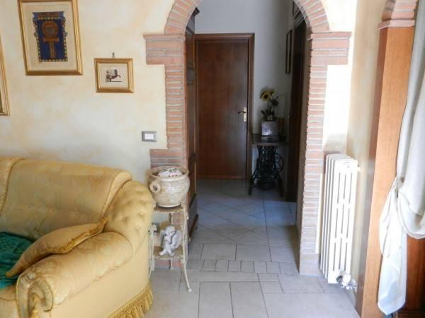 Appartamento in Vendita a Pontedera Centro:  4 locali, 105 mq  - Foto 1