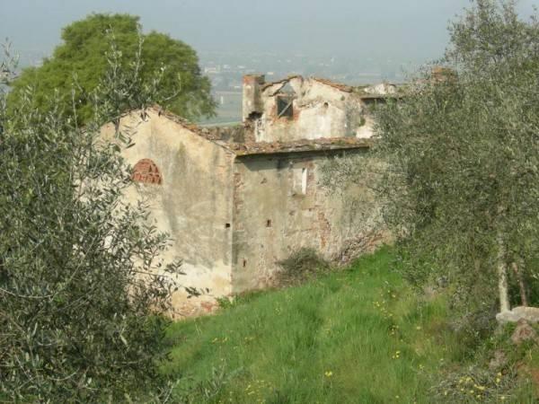 Rustico in Vendita a San Giuliano Terme Periferia: 540 mq