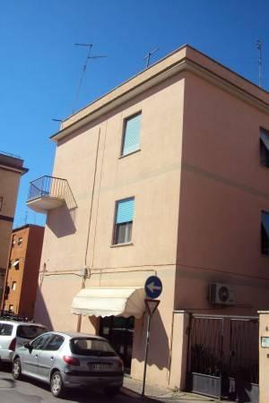 Zona Semicentro appartamento di 2 Locali.