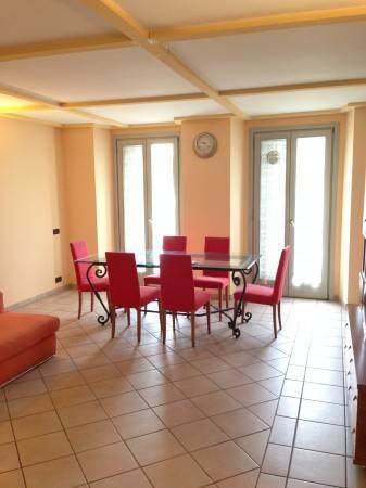 Appartamento in ottime condizioni arredato in affitto Rif. 4401087