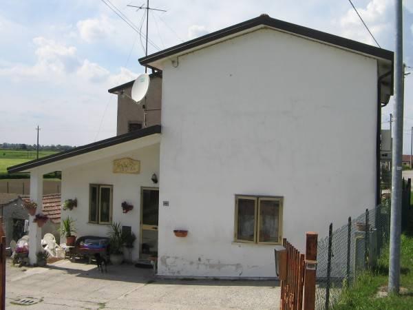 Villa in ottime condizioni in vendita Rif. 4261145