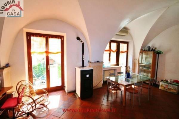 Appartamento in buone condizioni arredato in vendita Rif. 4880243
