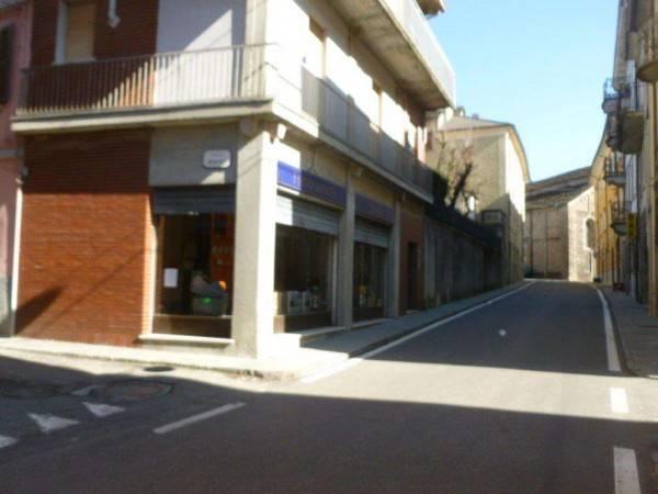 BERCETO CENTRO STORICO. A due passi dal Duomo di Berceto, vendiamo trasformabile a civile abitazion