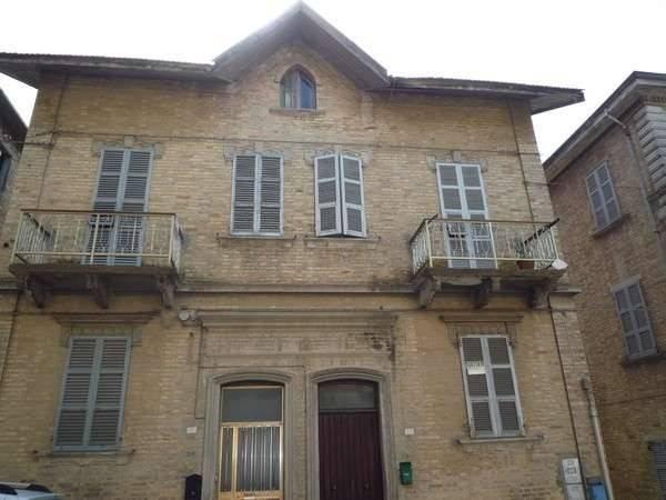 Casa Indipendente da ristrutturare in vendita Rif. 7856892