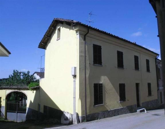 Rustico / Casale in vendita a Cortiglione, 5 locali, prezzo € 48.000 | CambioCasa.it