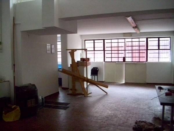 Laboratorio in affitto a Cologno Monzese, 3 locali, prezzo € 650 | CambioCasa.it