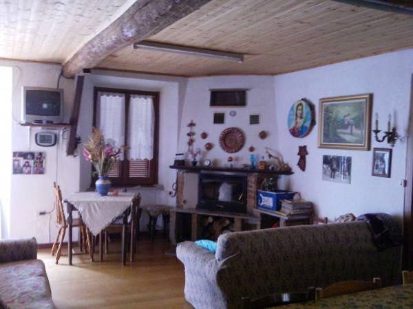 Casa Indipendente in buone condizioni parzialmente arredato in vendita Rif. 4333037