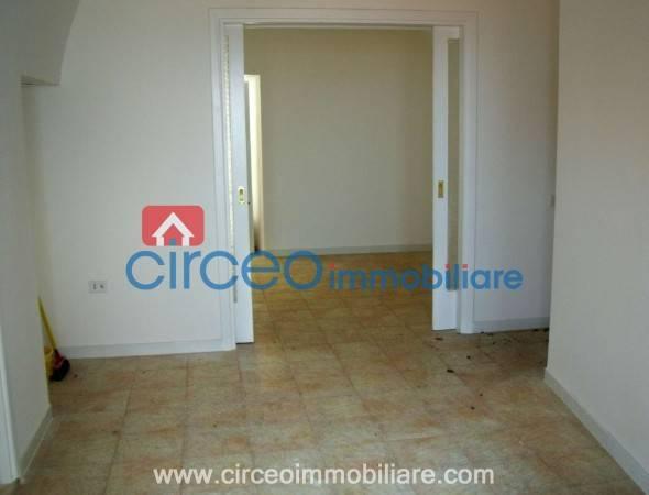 Appartamento in ottime condizioni in vendita Rif. 4519101