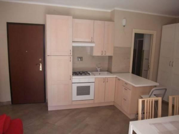 Appartamento in ottime condizioni arredato in affitto Rif. 7014193