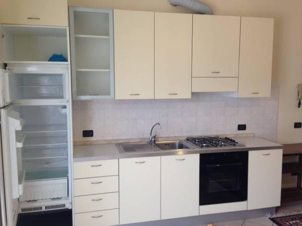 Appartamento in ottime condizioni arredato in affitto Rif. 4401171