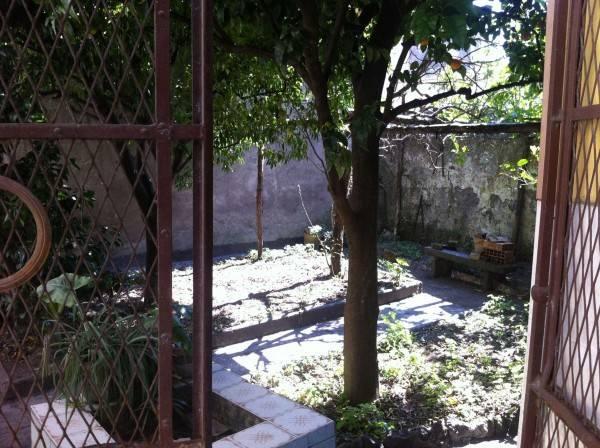 Trilocale con giardino e cantina, via Luigi Iorio