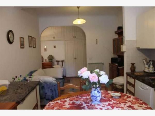 Appartamento in buone condizioni in affitto Rif. 4323044