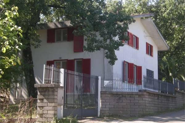 Villa in buone condizioni in vendita Rif. 4598471