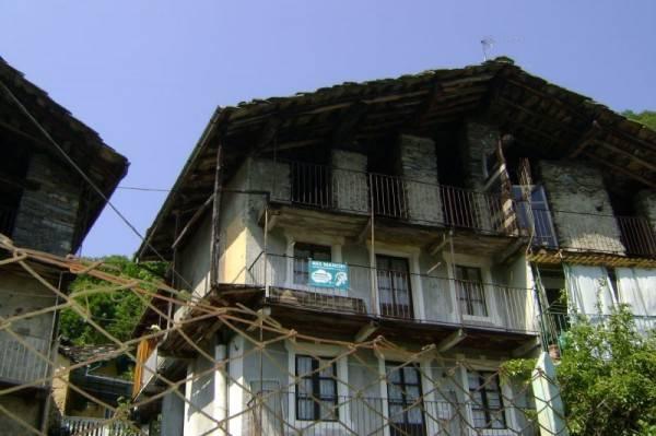 Appartamento da ristrutturare in vendita Rif. 4183032