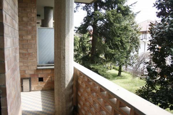 Appartamento in buone condizioni in affitto Rif. 6624742