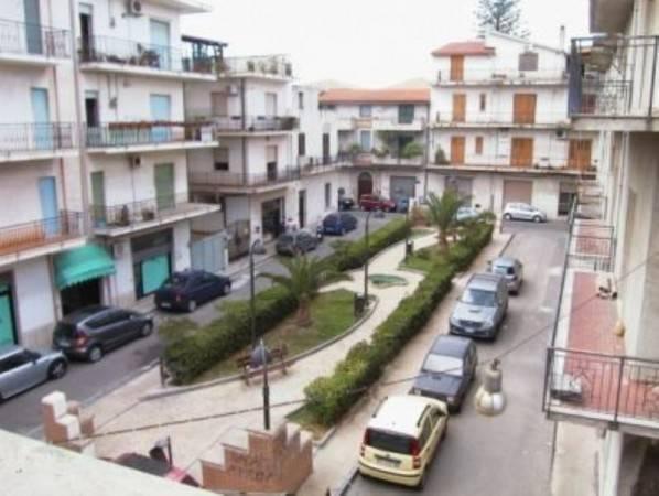 Appartamento in vendita a Siderno, 3 locali, prezzo € 90.000 | CambioCasa.it