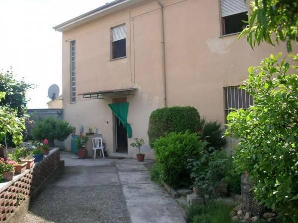 Casa Indipendente in buone condizioni in vendita Rif. 6315241