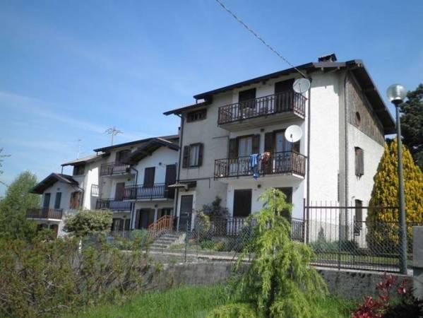 Appartamento in vendita a Zogno, 3 locali, prezzo € 55.000 | CambioCasa.it