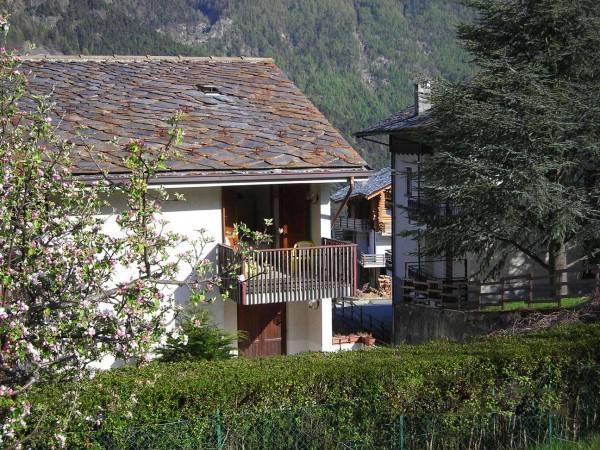 Appartamento in vendita a Challand-Saint-Anselme, 2 locali, prezzo € 185.000 | PortaleAgenzieImmobiliari.it