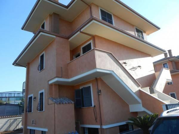 Villa in affitto a Pomezia, 2 locali, prezzo € 600   PortaleAgenzieImmobiliari.it