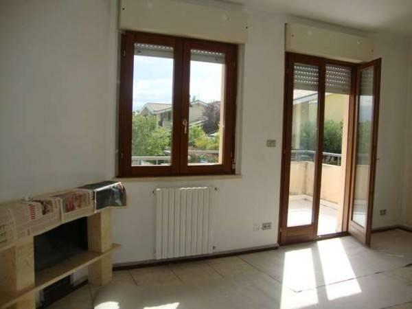 Appartamento in buone condizioni in vendita Rif. 8756905