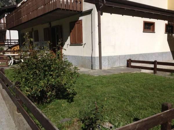 Appartamento in ottime condizioni arredato in vendita Rif. 4189399