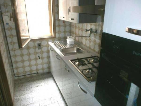 Appartamento in buone condizioni arredato in affitto Rif. 7326354