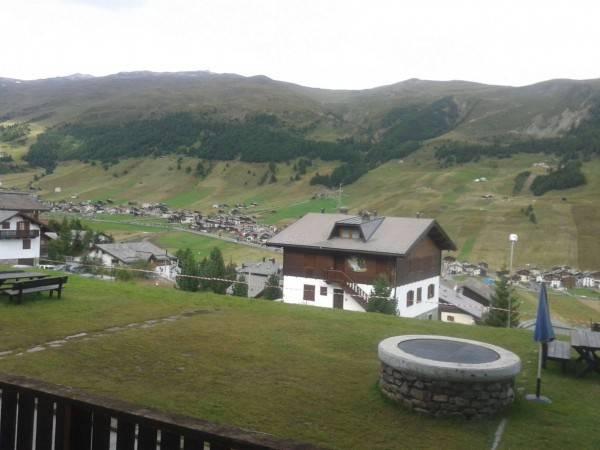 Livigno -zona Teola - in posizione panoramica con bellissima vista su Livigno, servita da bus navett