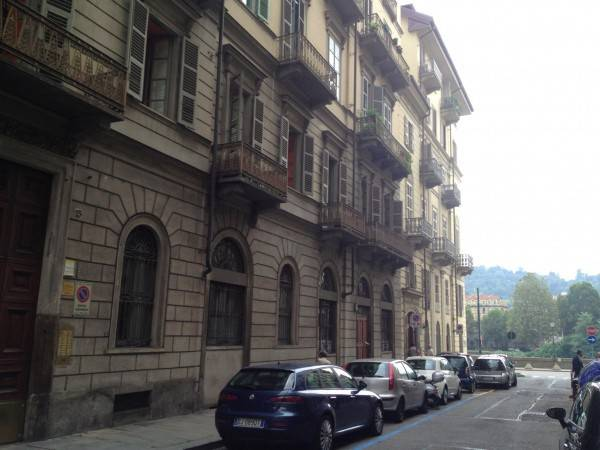 Appartamento in Affitto a Torino Centro: 1 locali, 40 mq