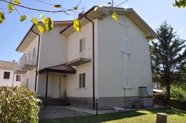 Casa Indipendente in ottime condizioni parzialmente arredato in vendita Rif. 4244524