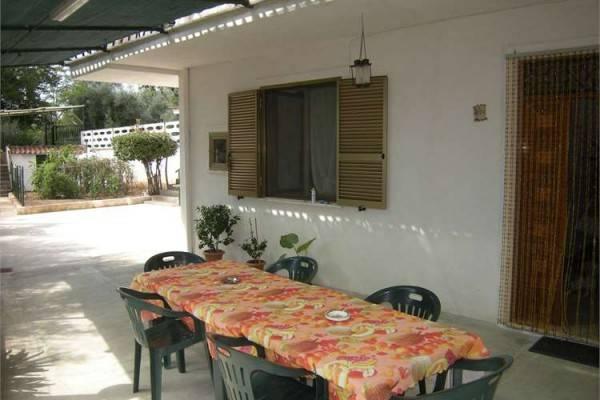 Soluzione Indipendente in vendita a Castelforte, 6 locali, prezzo € 105.000 | CambioCasa.it